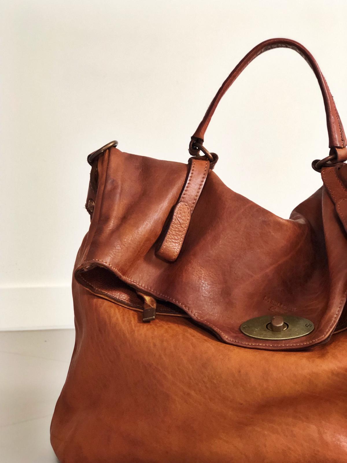 MAIL BAG handmade leather bag image 4