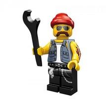 NEW LEGO MINIFIGURES SERIES 10 71001 - Motorcycle Mechanic - $2.79