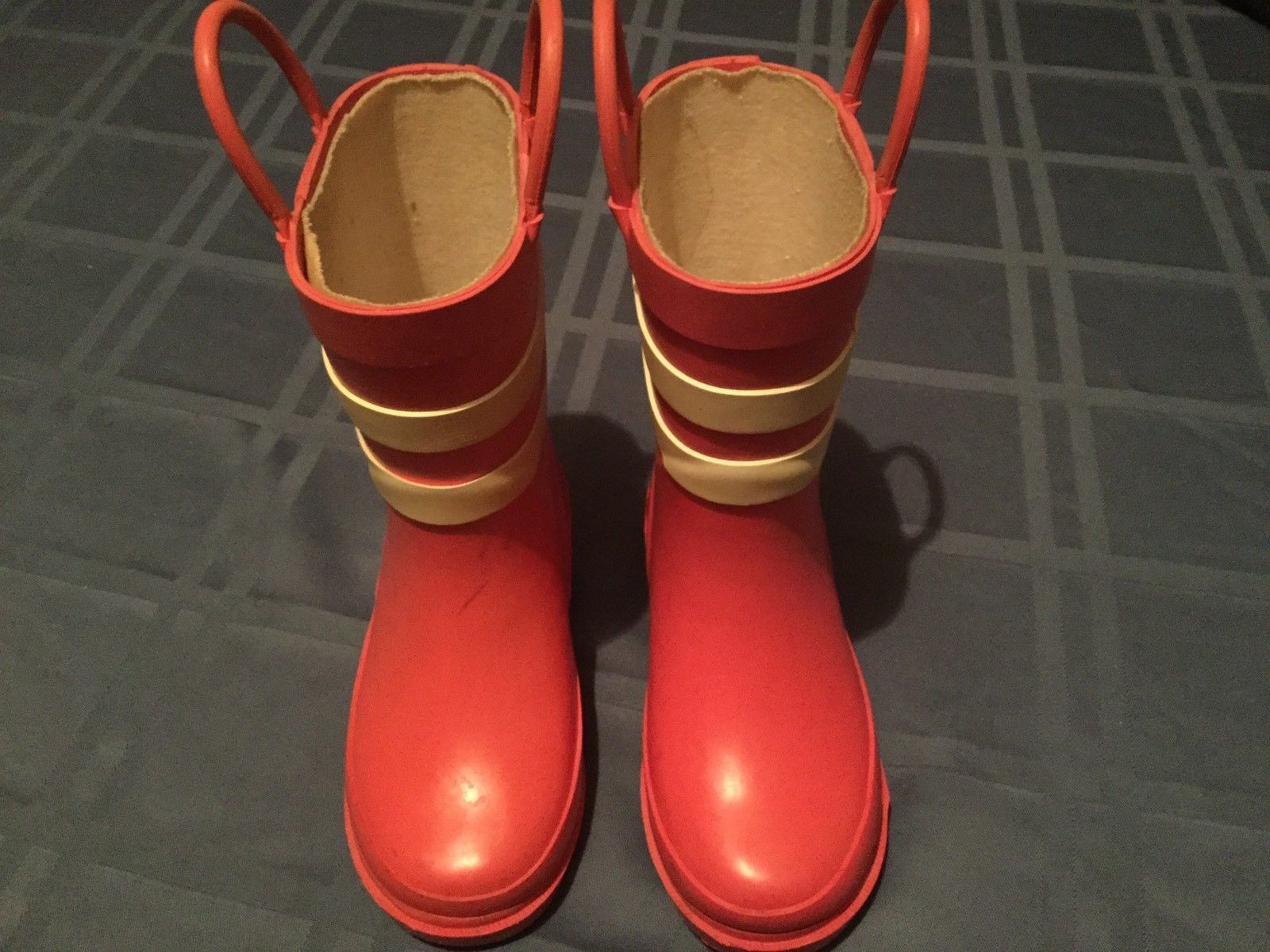 65059935dc5 Girls Size 7/8 small Cherokee rain boots and 50 similar items