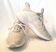Adidas AlphaBounce Low Top Running Shoe Lace Up White/Grey Size 6.0  - $34.25