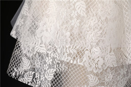 Shoulder Length Wedding Bridal Veils Layer Flower Lace Tulle White Bridal Veils  image 4