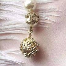 AUTHENTIC  CHANEL CC LOGO CRYSTAL LONG DANGLE PEARL EARRINGS GOLD RARE image 5