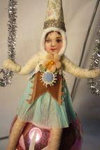 Vntage Inspired Spun Cotton, Girl on Glass Ball,  no.97 image 3