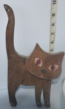 "Smiley face & body of CAT wall decor - 10"" Natural brown wood Key holder... - $8.17"