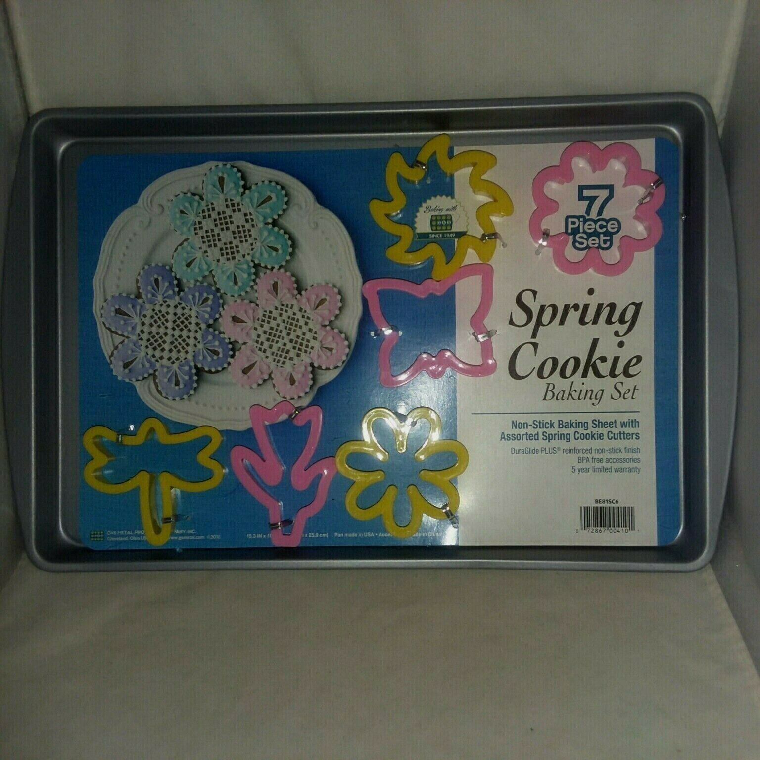 Primary image for New Spring Cookie Baking Set Non Stick Sheet 6 Cookie Cutters G and S Metal USA