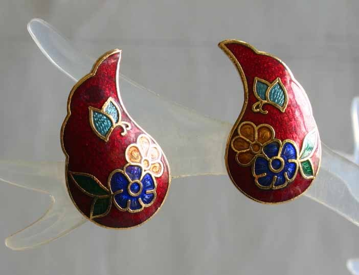 Primary image for Elegant Red Cloisonne Enamel Flowers & Butterfly Pierced Earrings 1970s vint.