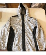 North face girls jacket size XL - $37.39