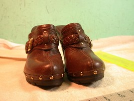 Very Sexy Michael Kors Brown Leather shoes size 5 1/2 Clogs? Mules? 3 1/... - $27.44
