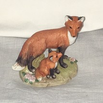 Vintage Homco Porcelain Mama Baby Red Foxes Figurine Mother Pup on Grass EUC - $12.86
