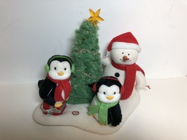 Hallmark Jingle Pals Rockin Around The Christmas Tree Snowman Penguins 2006 - $37.61