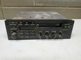 89-95 Ford AM/FM radio, fits Cougar Thunderbird, Mustang Explorer F01F-19B132-AA - $173.25