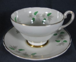 Crown Fine Bone China Tea Cup & Saucer Set England Green Berries Wisteri... - $14.97