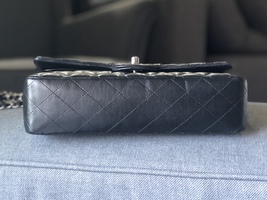 SALE* AUTHENTIC Chanel Quilted Lambskin Classic Medium Black Double Flap Bag SHW image 5