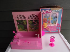 1981 Mattel Barbie Luxury Bubby Bath - $32.71