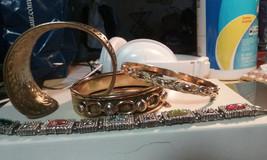 Vintage Jewelry: 4 Vintage Bracelets - $12.86