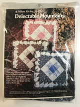 Delectable Mountains Pillow Kit Yours Truly Blue Quilted Pillow Vintage ... - $8.81