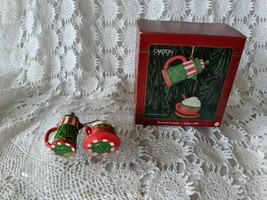 Carlton Cards Between Friends 1999 Christmas Tree Ornament - $12.60
