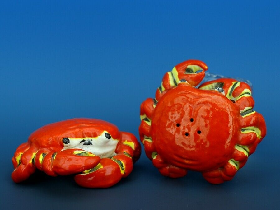 Vintage Novelty Salt & Pepper Shaker Set Norcrest China Crabs