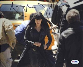 Angelina Jolie 'Salt' Signed 8x10 Photo Certified Authentic PSA/DNA COA - $267.29