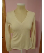 Gene Meyer Women's 100% Cashmere Sweater Cream Large Long Sleeve V-Neck  - $21.24