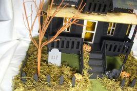 Bethany Lowe Haunted House image 7