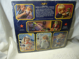 Fisher Price Muppet Dess Up Miss Piggy Garden Party no. 893 image 2