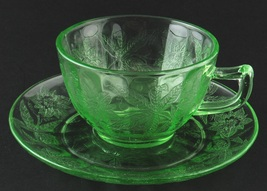 Jeannette Glass Floral Poinsettia Cup & Saucer Green Depression New - $9.00