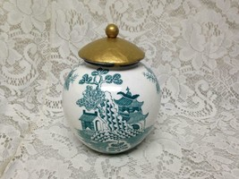 Vintage, Rare, Mason's England, 6in T x 4.5in D Green- Blue Willow Tea Jar - $85.45