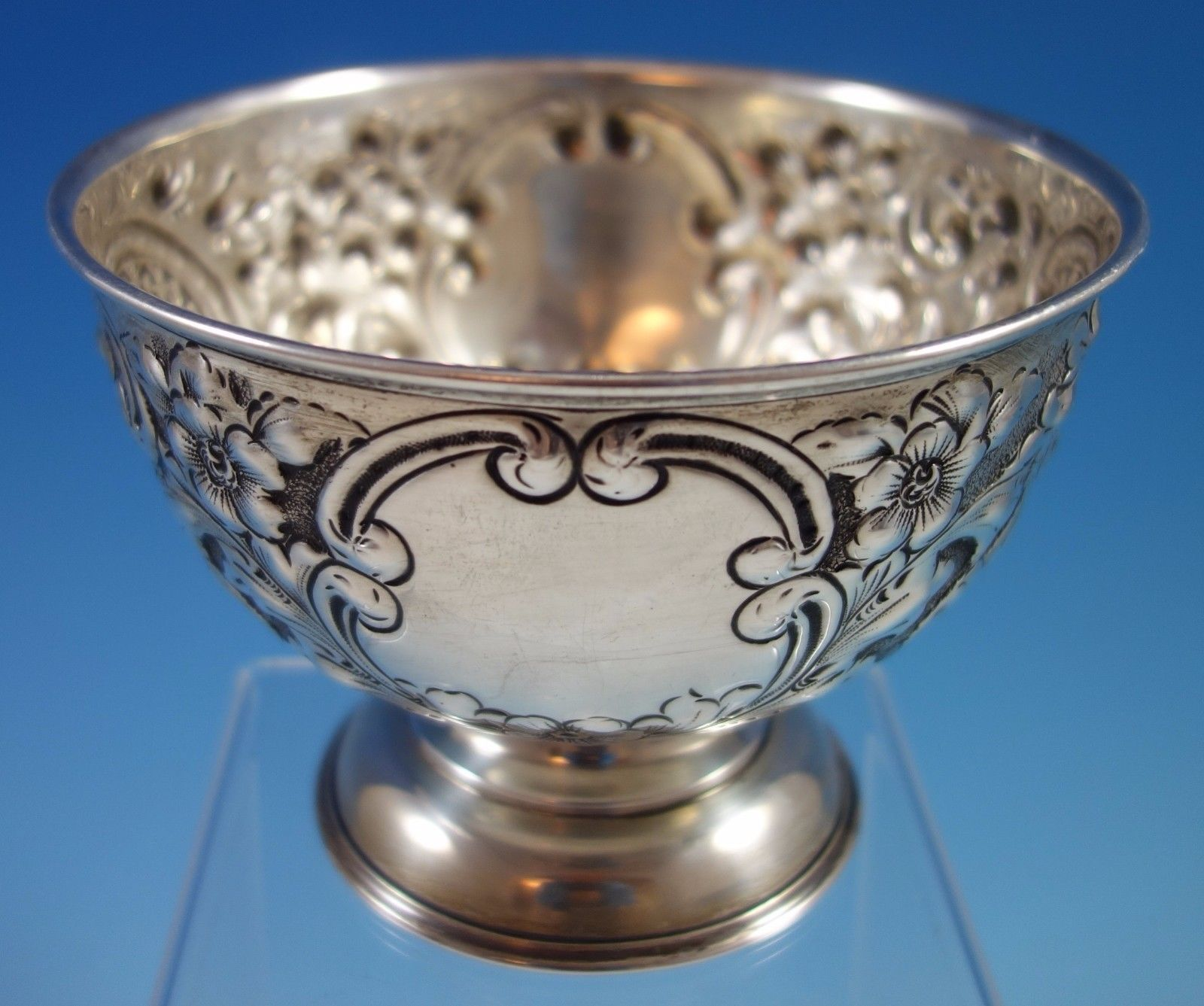 J. Gloster Ltd. English Sterling Silver Repoussed and Chased Pedastal Bowl #1651