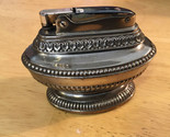 Vintage RONSON QUEEN ANNE Silver Plate table lighter.