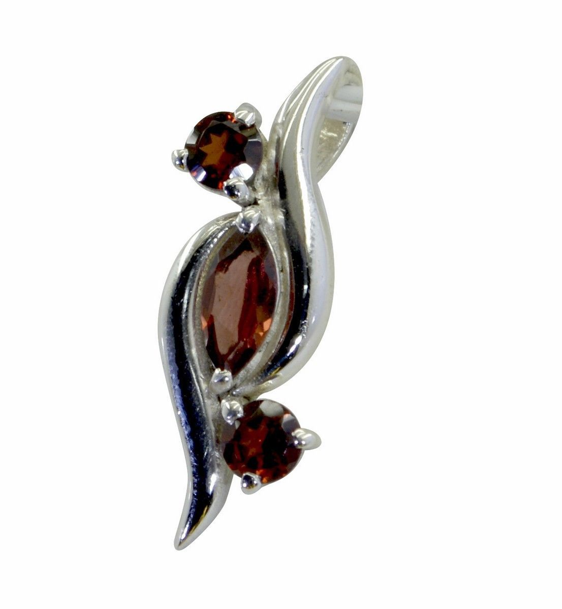 Red Chandelier India: Bewitching Garnet 925 Sterling Silver Red Pendant Natural