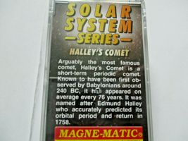Micro-Trains # 10202842 Halley's Comet 60' Boxcar with No Light N-Scale image 5