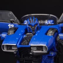 Transformers Studio Series 46 Deluxe Class Bumblebee Movie Dropkick Figure image 4