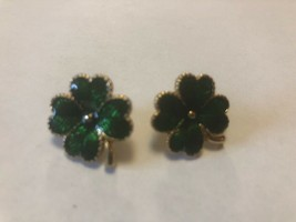 Vintage Four Leaf Clover Shamrock Earrings Costume Jewelry - $6.34