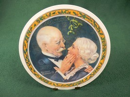 "Rockwell 1976 Collector Plate ""GOLDEN CHRISTMAS"" Knowles Certificate Box... - $12.69"