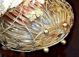 Heavy Glass Basketwith Metal Carrier with handle / Leaf DesignAA18-11912 Vint image 6