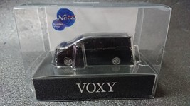 TOYOTA VOXY LED Light Keychain Black Pull Back Mini Car Not Sold in stores Japan - $23.08
