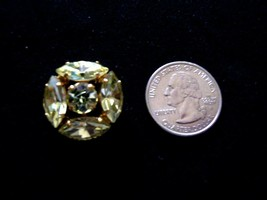 4 PALE YELLOW JONQUIL RHINESTONE GOLD TONE BUTTONS 1″ IN SIZE - $32.00