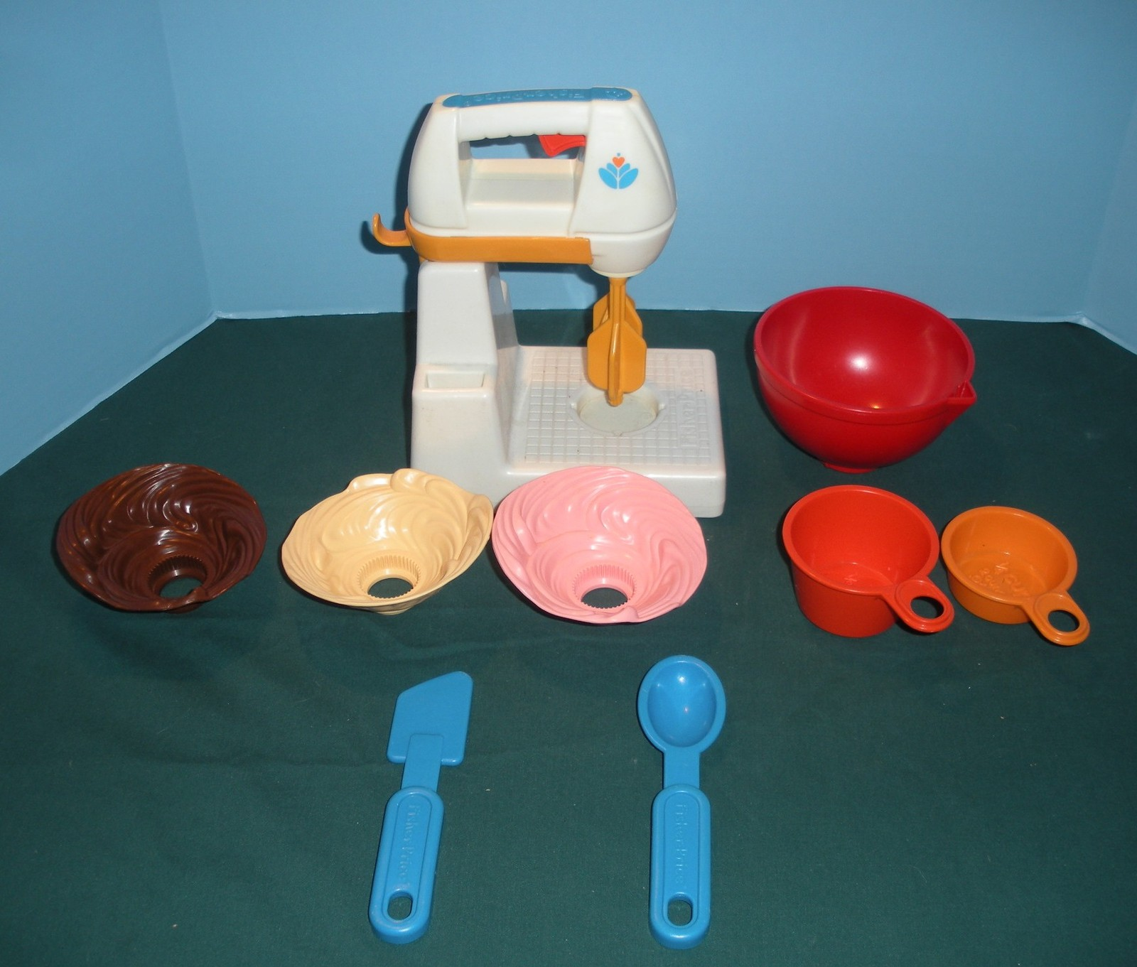 Vtg. Fisher Price Fun-with-Food #2114 Mixing Center Complete/ EXC++-NR MINT (H)
