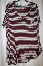 NEW WOMENS PLUS SIZE 4X BURGUNDY & WHITE STRIPED V-NECK TOP WITH FRONT P... - $18.37