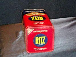 RITZ Nabisco Tin AB 28 Vintage image 5