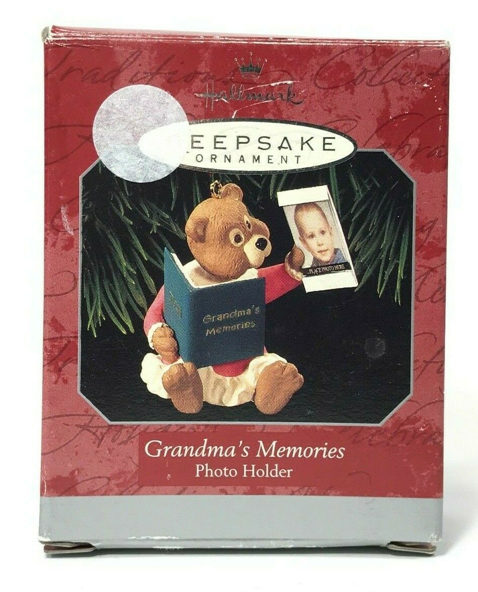 Primary image for Vtg Hallmark Keepsake Ornament Handcrafted 1998 Grandma's Memories Photo Holder