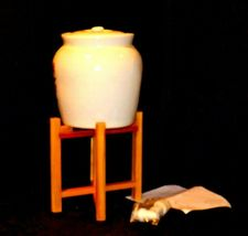 Cream colored Barnyard Stoneware Water Jug on wooden stand AA19-1583 Vintage image 3