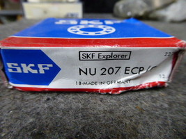SKF Cylindrical Roller Bearing NU207ECP/C3 image 2