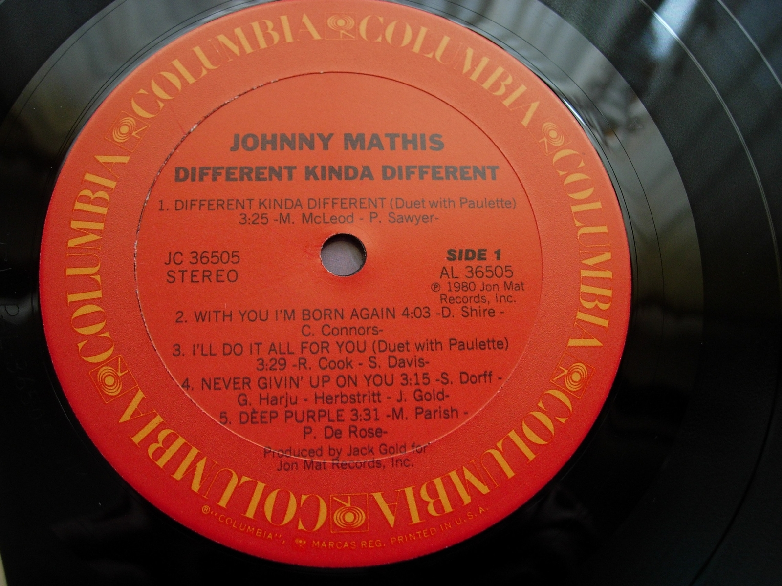 Johnny Mathis - Different Kinda Different - Columbia JC 36505