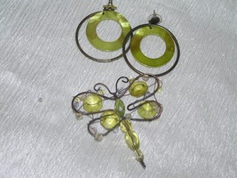 Estate Demi Light Green Plastic Bead & Wire Butterfly Pendant or Pin &  ... - $12.19