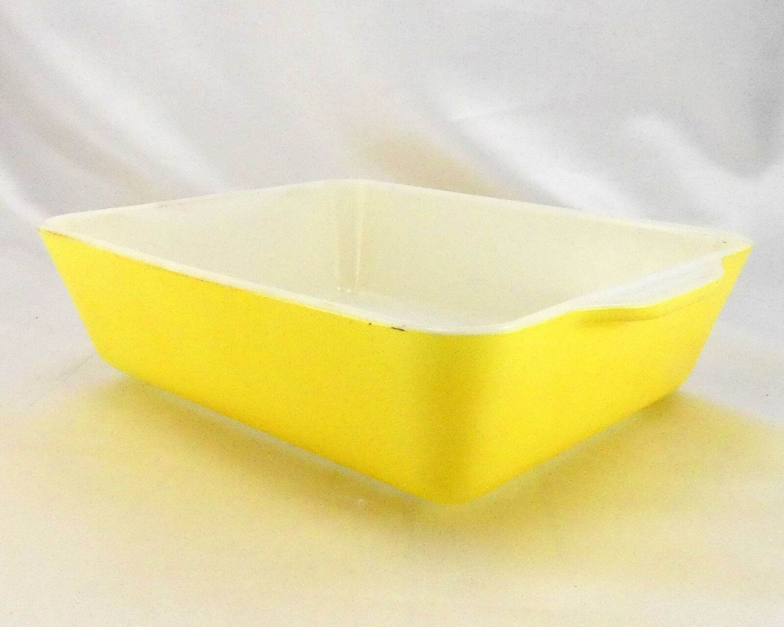 Pyrex 503 Banana Yellow Fridge Dish Milk Glass w/ Lid Made in the USA image 2