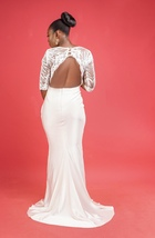 Dora off-white wedding dress  - $250.00