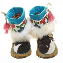 "10.25"" Cowhide Leather Beaded Moccasins Vintage Mid 20th Century c1950s - $289.00"
