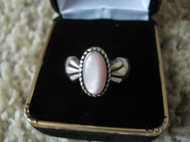 Carolyn Pollack Relios Pink Cabochon Mother of Pearl Ring In .925 Sterli... - $50.00
